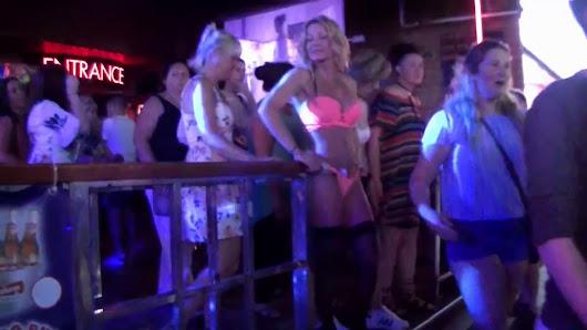 Christina applegate nude scene