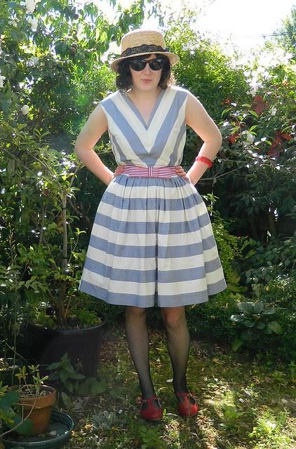 Vintage Simplicity 3911 dress