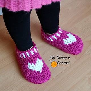 Free_crochet_pattern_heart___sole_slippers__small_child_size_small2
