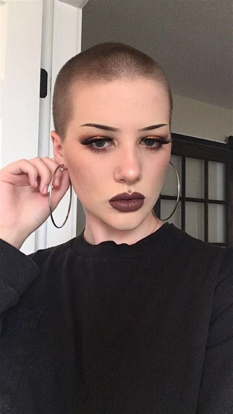 pin  bald women