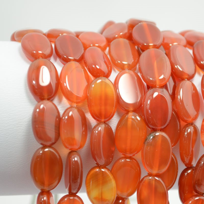 s20208 Stone Beads - 10 x 14 mm Oval - Carnelian (strand)