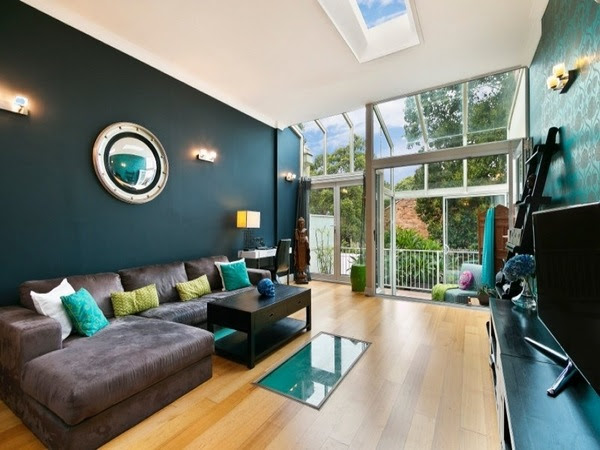 Teal living room design ideas - trendy interiors in a bold ...