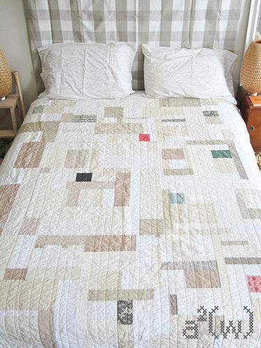 Neutral quilt bed
