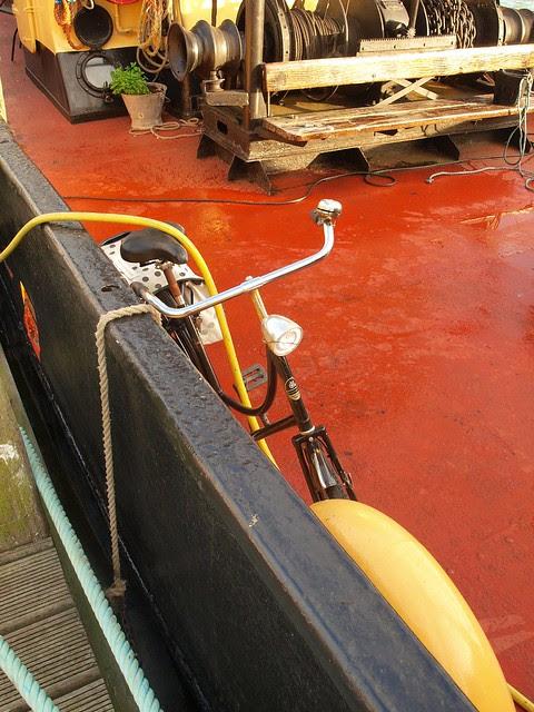 Dutchbike on houseboat