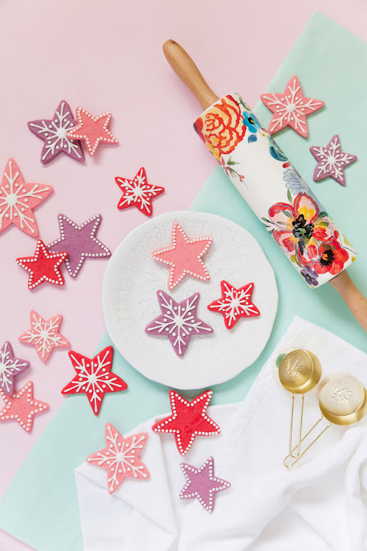STAR CHRISTMAS COOKIES - Tell Love and Party