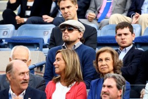 NEW YORK, NY - SEPTEMBER 09: Leonardo DiCaprio and Queen Sofia of Spain attend the men's singles final match between Novak Djokovic of Serbia and Rafael Nadal of Spain on Day Fifteen of the 2013 US Open at the USTA Billie Jean King National Tennis Center on September 9, 2013 in the Flushing neighborhood of the Queens borough of New York City. Al Bello/Getty Images/AFP== FOR NEWSPAPERS, INTERNET, TELCOS & TELEVISION USE ONLY ==