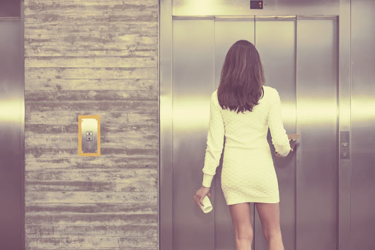 How To Nail Your Elevator Pitch And Sell Yourself In 60 Seconds | CAREER GIRL DAILY
