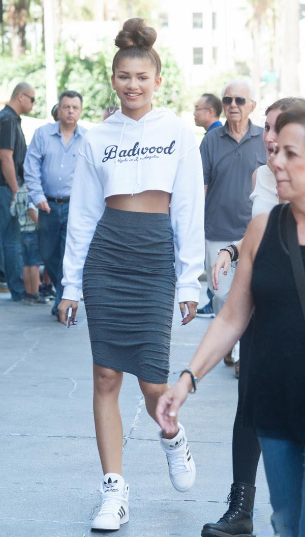 _3--Zendaya's-Downtown-LA-Jewelry-Shopping-Badwood-Cropped-Sweatshirt