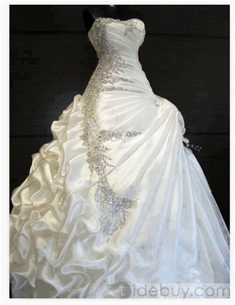 HELP!!!My wedding colors are champagne ivory chocolate