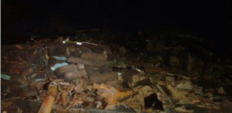 Após o incidente, restaram apenas entulhos no estabelecimento / Foto: Divulgação/ Corpo de Bombeiros