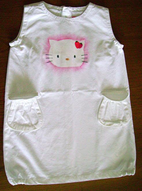 Vestido Branco Hello Kitty
