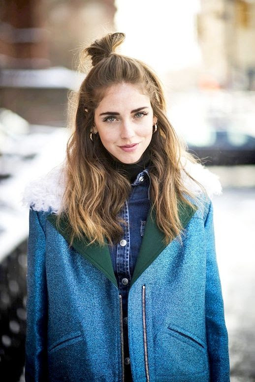 3 Le Fashion Blog 20 Inspiring Half Up Top Knot Hairstyles Chiara Ferragni The Blonde Salade Hair Bun Via Cosmopolitan