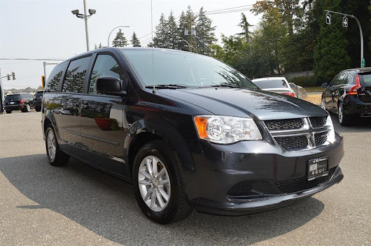 2014 Dodge Grand Caravan SXT - Rear Entertainment / Backup Cam Used for sale in Surrey at Cwl Auto