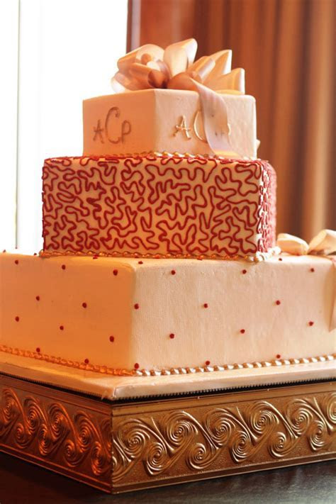 Swirl Cake Stand ? Wedding & Party Rentals San Diego, CA