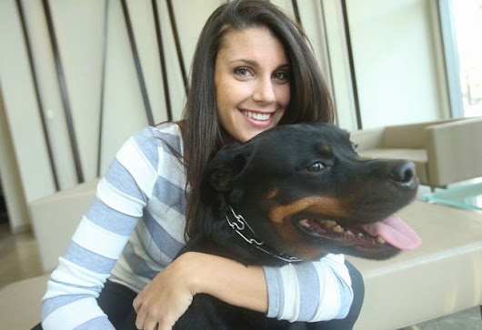 Snagged leash in elevator door takes Rottweiler on a ride owner will never forget