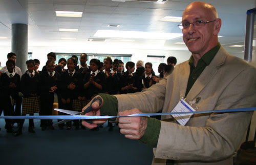 David Thorpe opening a new school library at St Matthew Academy, London, May 2008