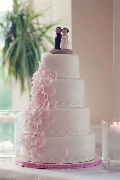 Pink and White Fondant Wedding Cake   Elizabeth Anne