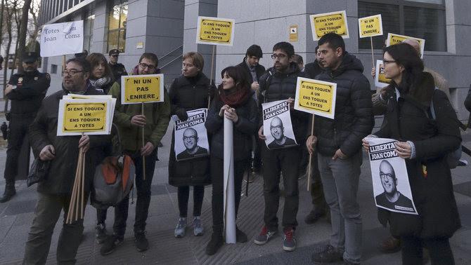 Concentrats a Madrid en suport a Joan Coma