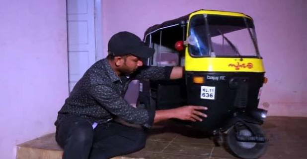 Kerala man made mini-auto toy for his kids to play, his creativity is worth appreciating
