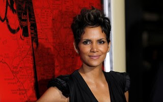 Halle Berry em première do filme 'The Call' em Los Angeles, nos Estados Unidos (Foto: Mario Anzuoni/ Reuters)