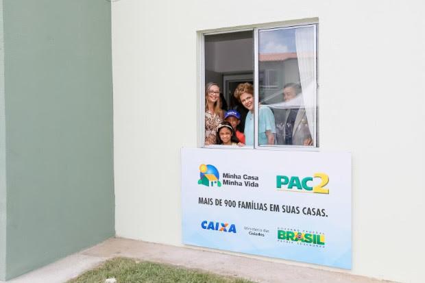 Em Feira de Santana (BA), Dilma garantiu que o governo não paralisaria programas sociais, como o Minha Casa, Minha Vida. Ela não citou, porém, o Minha Casa Melhor. Foto: Roberto Stuckert Filho/ PR