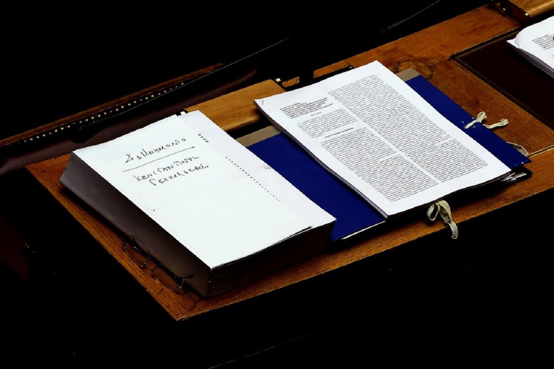 Σήμερα το βράδυ η ψήφιση των μέτρων στη Βουλή