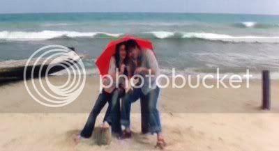 http://i298.photobucket.com/albums/mm253/blogspot_images/Ayutha%20Ezhuthu/PDVD_071.jpg