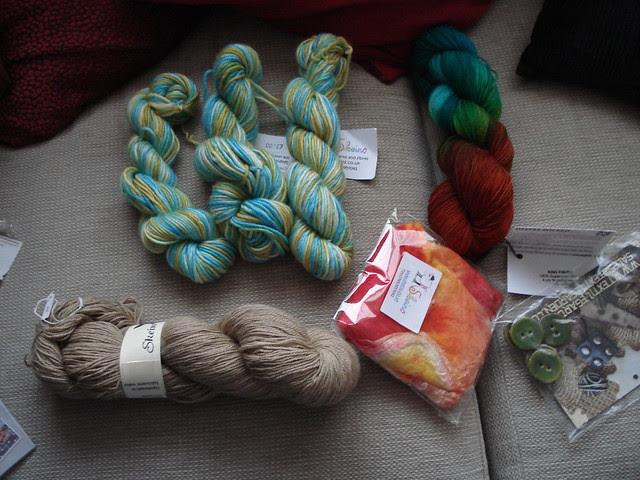 Knitting UK yarn haul Skein Queen TextileGarden.com Easyknits