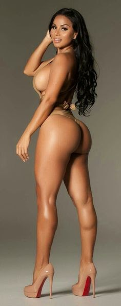 Dolly Castro Nude - Hot 12 Pics | Beautiful, Sexiest