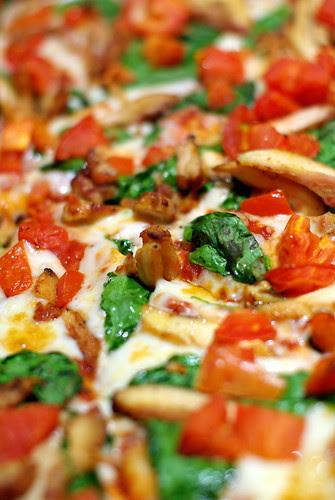 Pizza photo with Pentax FA 50 f/1.4