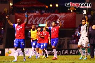 Pinto confía más en los jugadores que militan en el exterior.