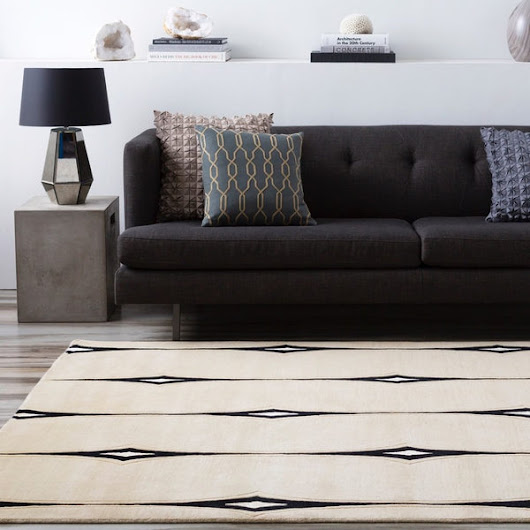 Hand-Knotted Deco Rug in Beige and Black
