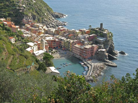 Vernazza Italy Tourist Information and Travel Guide