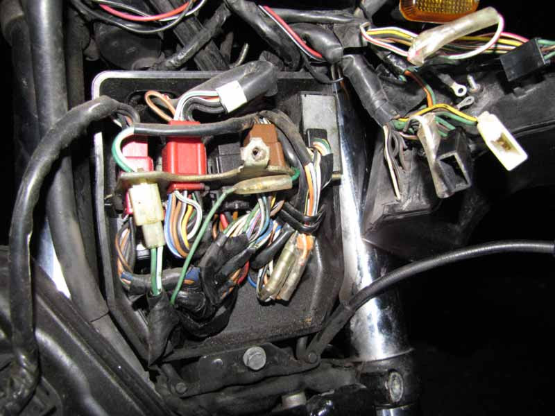 Yamaha Apex Fuse Box