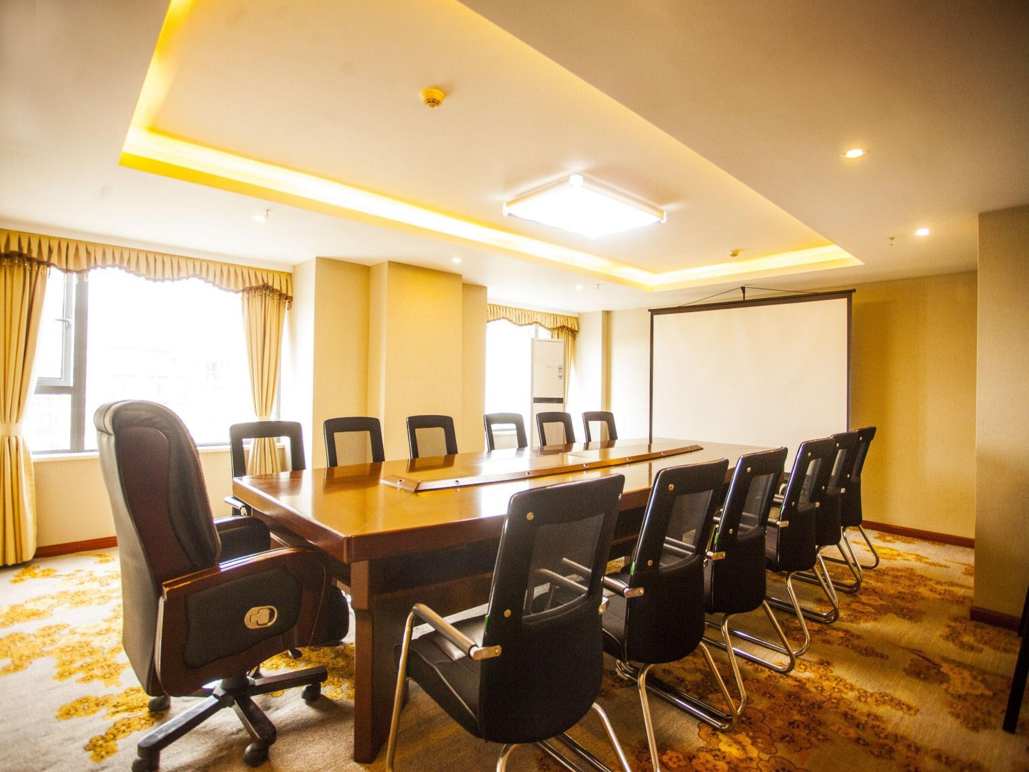 Reviews Century Royal Hotel Chengdu