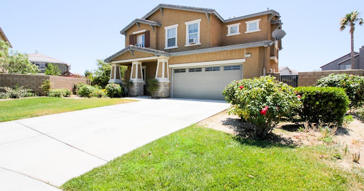 Single Family Residence - Palmdale, CA - 38710 Allegro Court, Palmdale, CA 93552