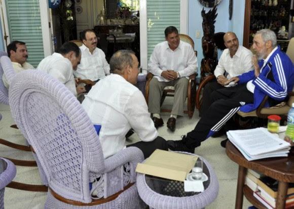 Fidel recibe a Los Cinco, 28 de febrero de 2015. Foto: Estudios Revolución