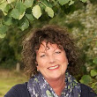 Alison Neate | Family & Funeral Celebrant - UK Society of Celebrants