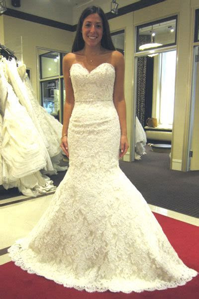 The Dos and Don'ts of Shopping for a Wedding Dress