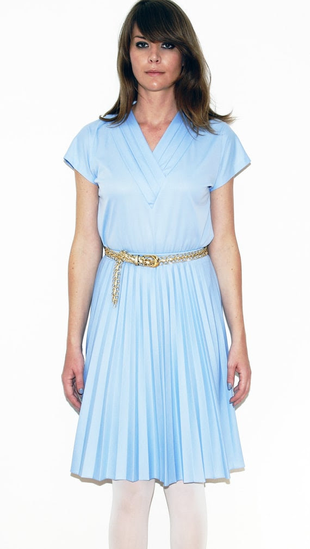 SALE Shirt Pale Blue V Neck Pleated Collar Vtg 70s/80s Medium