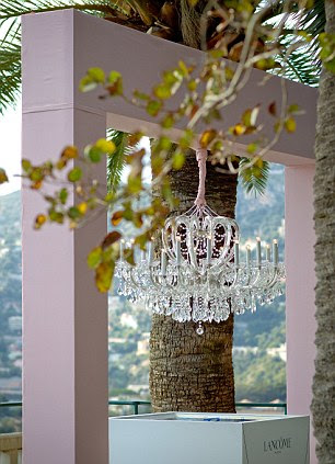 The chandelier at the launch