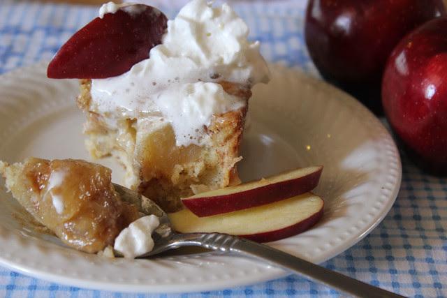 Amazing Apple Cinnacake