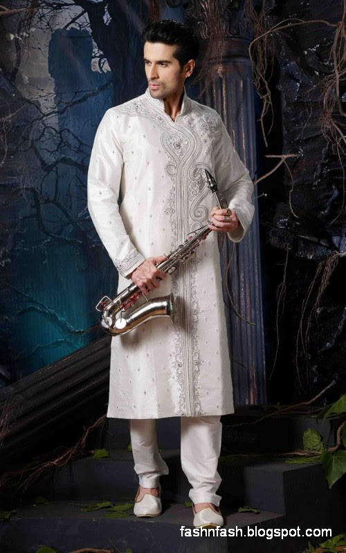 Sherwanis-for-Men-New-Latest-Sherwani-Designs-Sherwani-Online-Pics-Images-2013-7