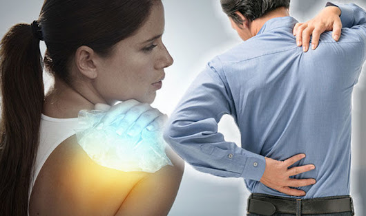 Back pain treatment: Prevent lower backache symptoms with cold compress |
