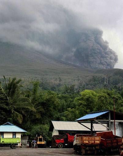 el lokon volcan erupcionando 2011