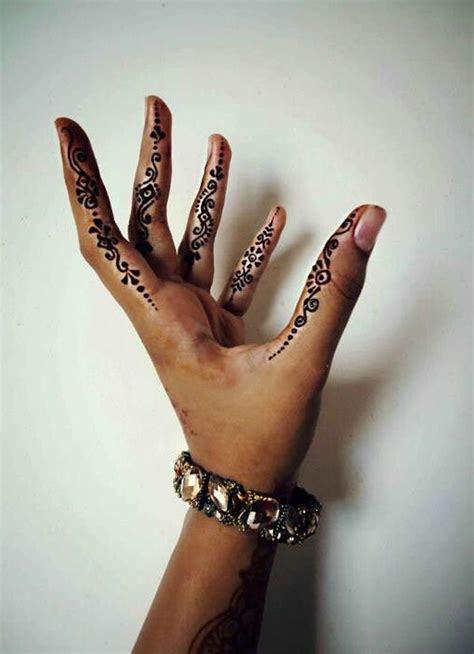cool side finger tattoos ideas