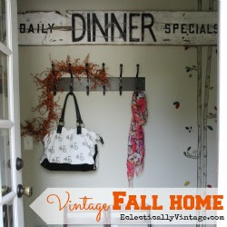 Vintage-Fall-Home-at-Eclectically-Vintage