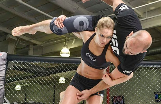 Is Ronda Rousey Right For WWE? - Heelbook