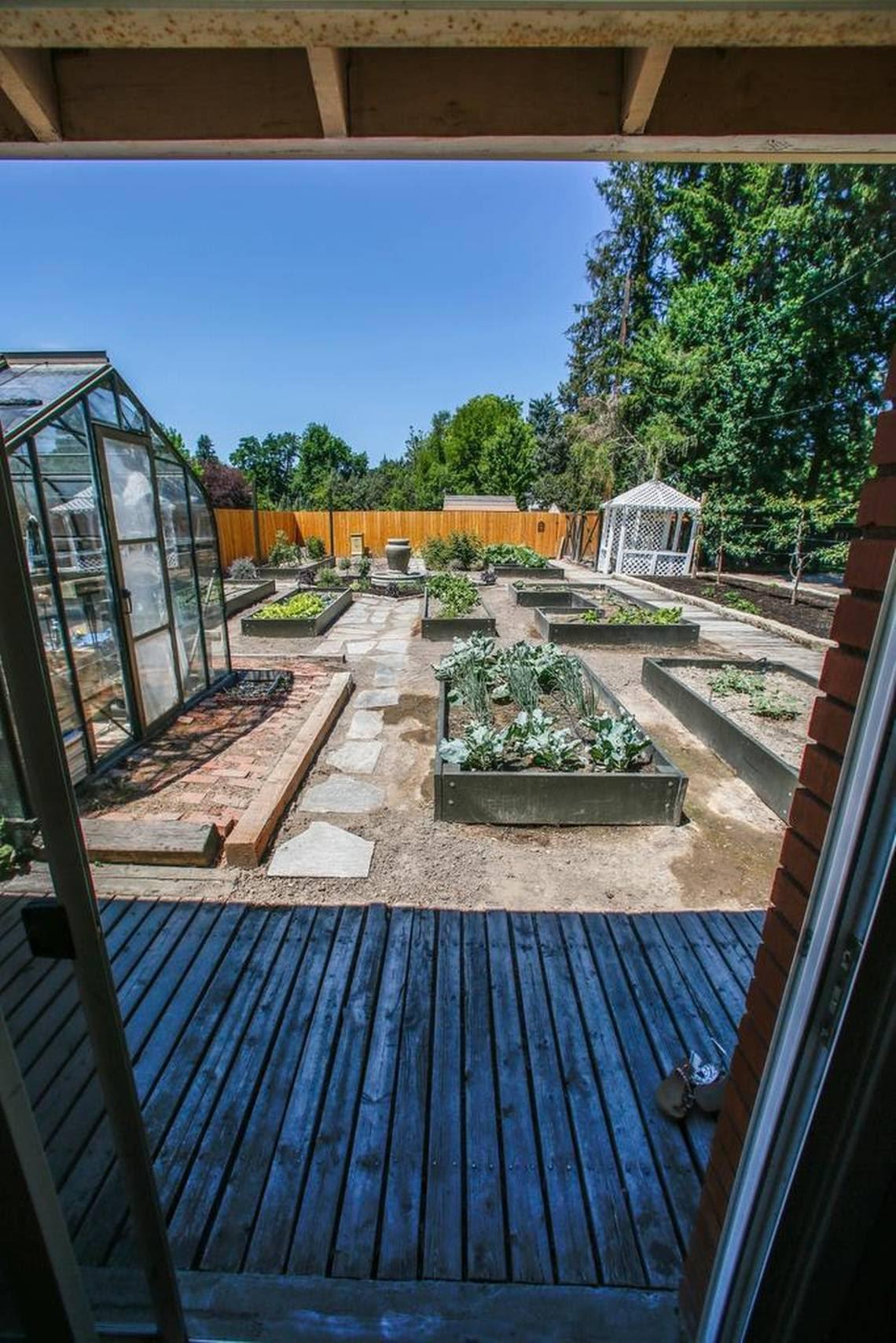 Idaho women create backyard retreats with she shed trend