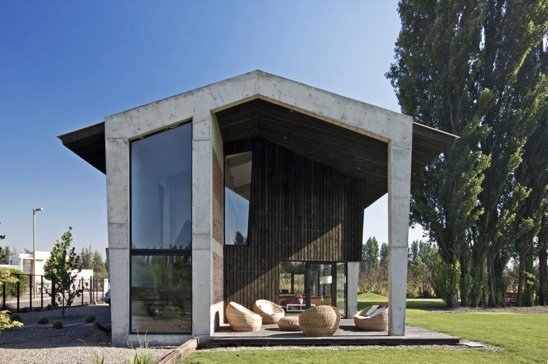 Casa en colina opa blog y arquitectura for Casa minimalista grande